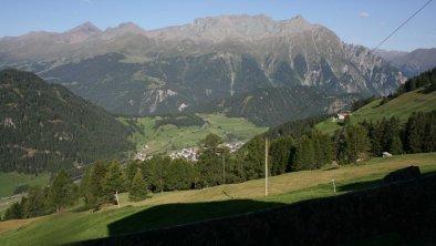 Blick auf Nauders, im Hintergrund die Samnaungruppe( Schweiz), © im-web.de/ DS Destination Solutions GmbH (eda3 Naud)