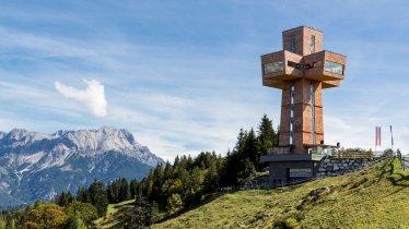 The giant Jakobskreuz cross in Pillersee, © Bergbahn Pillersee/Andreas Langreiter