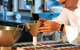 """""""Tiroler Edle""""-Chocolatier Hansjörg Haag, © alpinadruck"""