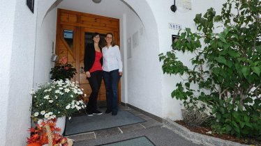 Apart_Zimalis_barrierefreier Eingang_Tirol_Galtuer