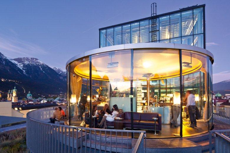 Bar 360 Grad am Dach des Innsbrucker Rathauses
