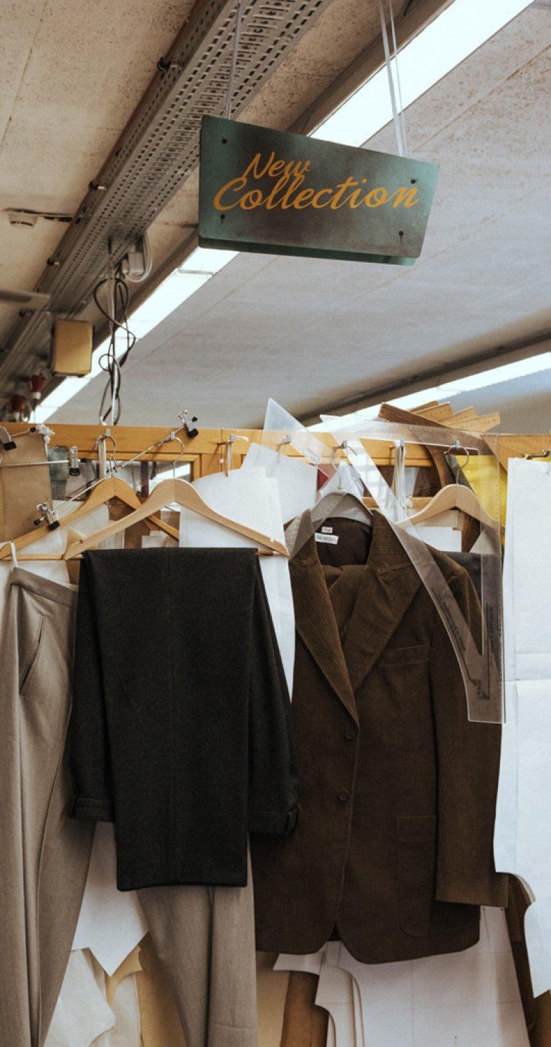 Bühnenkostüme unterscheiden sich in Sachen Material und Herstellung oft stark von Alltagskleidung.