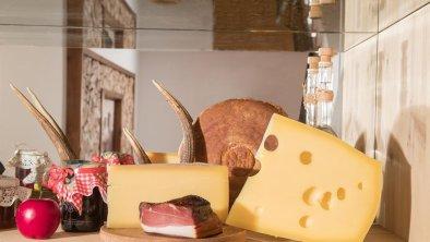 Käse und Speck vom Brixnerhof