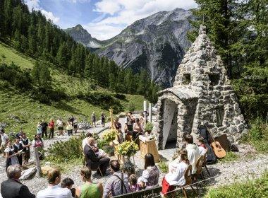 Almhochzeit an der Binsalm im Karwendel (Foto: Ehn Wolfgang)