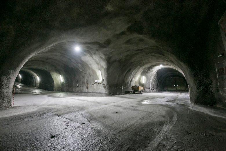 Mit bis zu 250kmh werden Züge nach Fertigstellung des Basistunnels den Brenner unterqueren. , © BBT SE