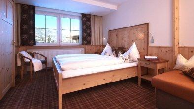 Hotel-Appartement TIROL Schlafraum