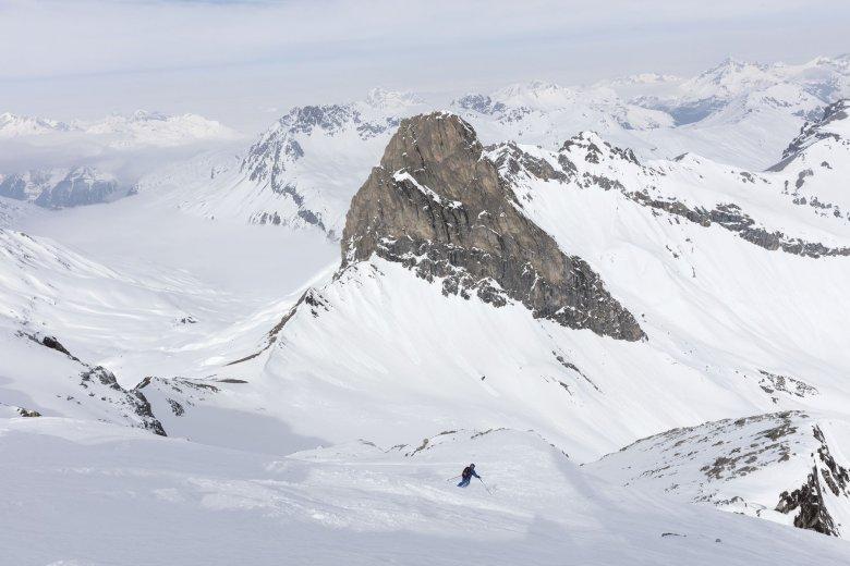 Die Abfahrt von der Vallugaspitze ist nur mit einem Guide erlaubt.