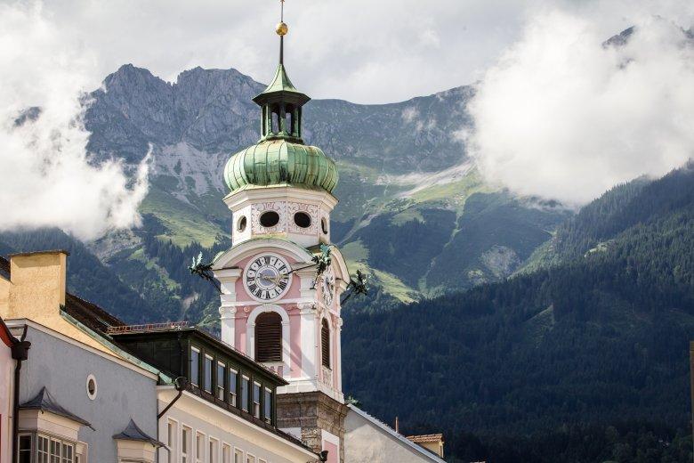Der Glockentrum der Spitalskirche in Innsbruck., © Tirol Werbung, Erwin Haiden