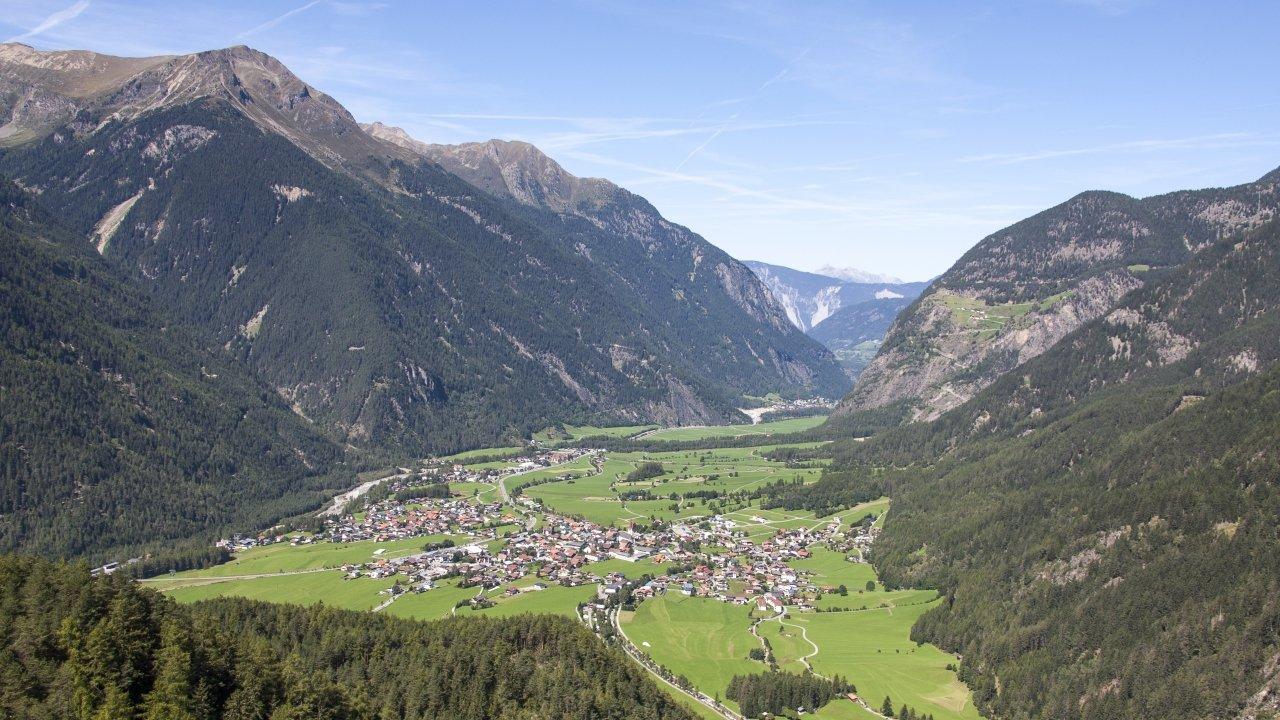 Umhausen im Sommer, © Ötztal Tourismus/Lukas Ennemoser