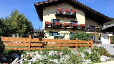 Relaxing Apartment in Seefeld in Tirol with Gardenter, © bookingcom
