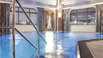 Indoor-Pool_Hotel Riedl_Kössen_(c) Alex Gretter (5, © Hotel Riedl_ (c) Alex Gretter