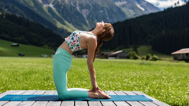 Yoga im Traumhotel Alpina, © Traumhotel Alpina