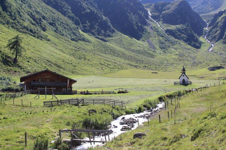Die Kapelle auf der Celaralm im Kristeinertal. (c) TVB Osttirol/Carolina Trauner.