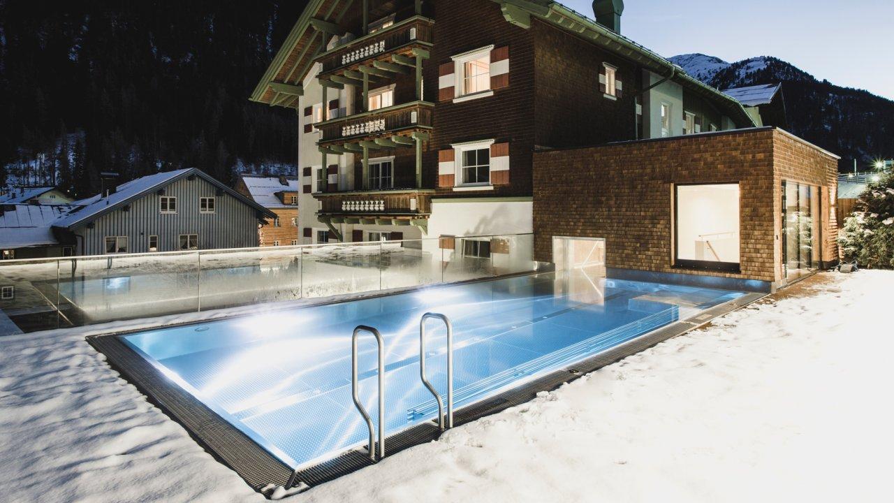 Hotelpool Schwarzer Adler St. Anton, © Hotel Schwarzer Adler