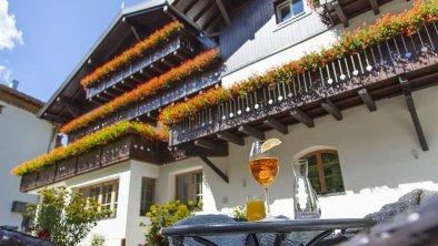 Aussicht Garten Sommer Valluga Hotel