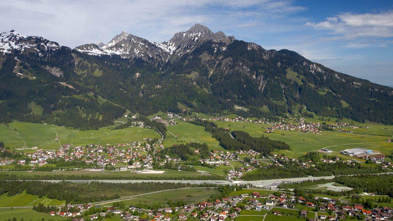 Höfen im Sommer, © Naturparkregion Reutte