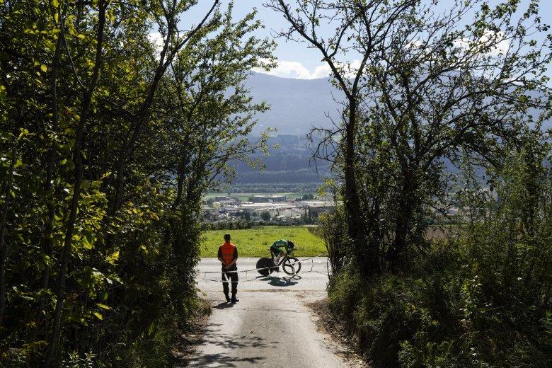 Unzählige Streckenposten sorgen für einen reibungslosen Ablauf bei der Rad-WM