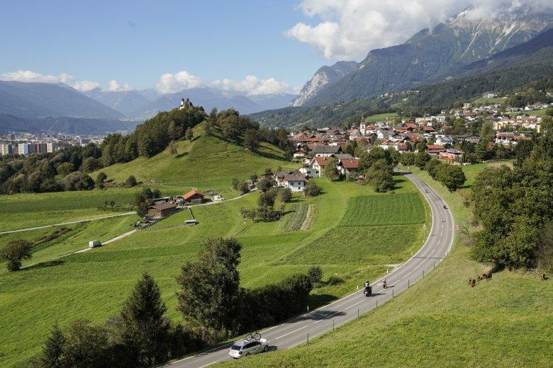 Einfahrt nach Arzl, kurz vor Innsbruck