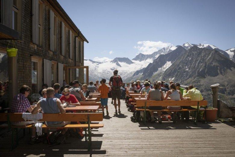Die Olperer Hütte, beliebter Ausgangspunkt für die Ersteigung des Olperers.