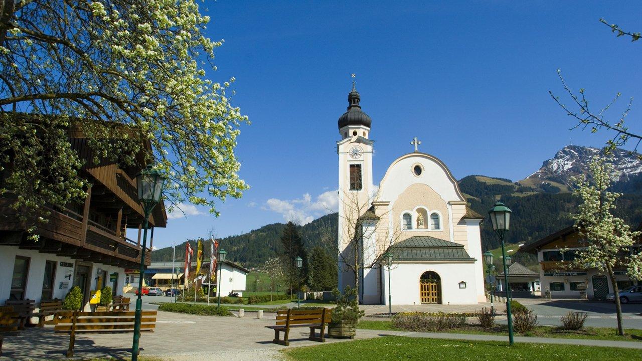 Oberndorf in Tirol im Sommer, © Albin Niederstrasser