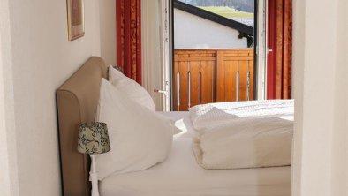 Standard Doppelbettzimmer / Einbettzimmer