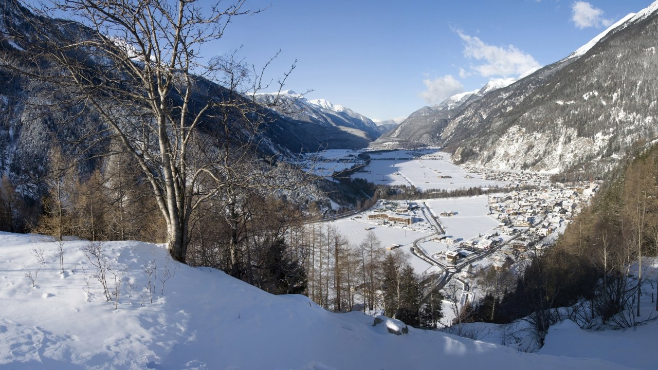 Längenfeld im Winter, © Ötztal Tourismus