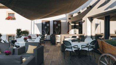 bergblick_fiss_hotel_terrasse_2020_5116