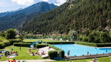 Schwimmbad Pfunds, © Tiroler Oberland Tourismus / Daniel Zangerl