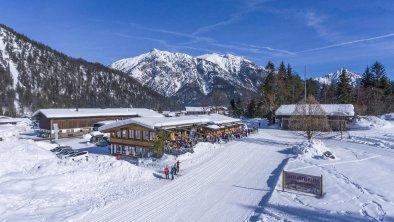 Loipenstuben_Pertisau_02_2019_aussen_Winter_Drohne, © Hotel Karlwirt