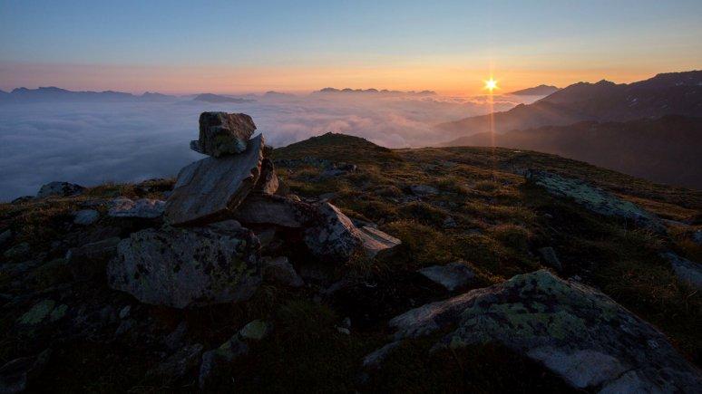 Sonnenaufgang am Sechszeiger, © hochzeiger.com/Ritschel