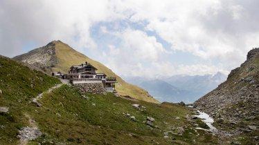 5-Sterne-Hütte in toller Lage, © Tirol Werbung/Frank Bauer