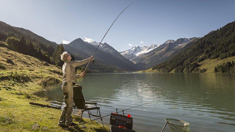 Fischen im Zillertal, © Zillertal Tourismus / Rudi Whylidal