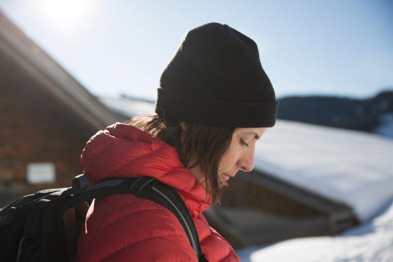 Unsere Autorin Ulrike bei der Schneeschuhwanderung auf das Juffinger Joch.