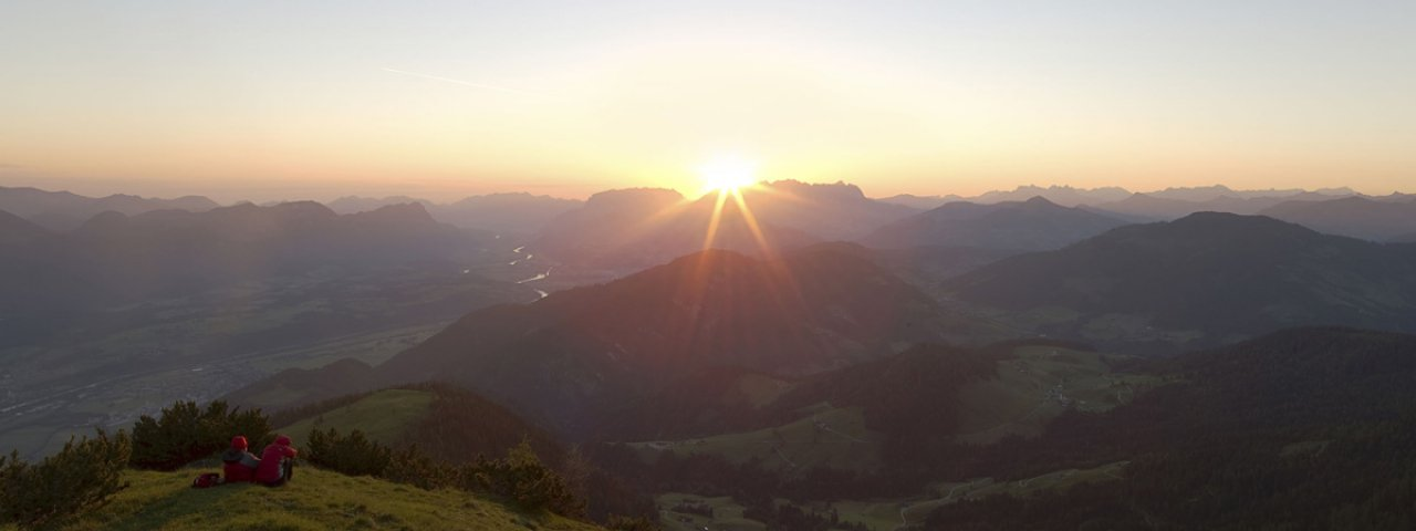 Sunrise from the top of the Gratlspitze mountain, © Alpbachtal Seenland Tourismus / Sedlak Matthias