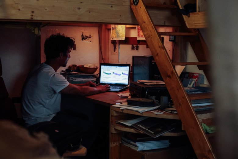 Statt Flugzeugteilen berechnet Benoit nun die Biegelinien von Snowboards.