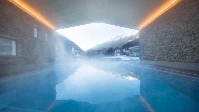 Infinity Outdoor Pool, © Andre Schönherr