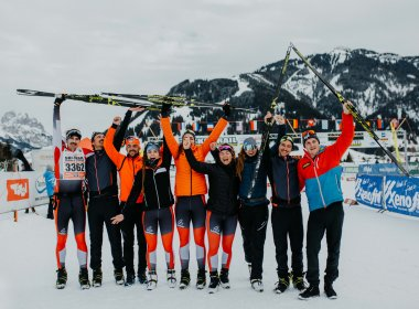Glückliche Finisher des Ski Trails in Tannheim. Foto: Tirol Werbung / Charly Schwarz