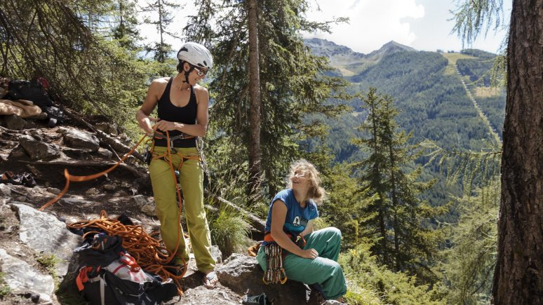 Kletterkurs im Klettergarten Falkenstein in Matrei in Osttirol, © Tirol Werbung/Robert Pupeter