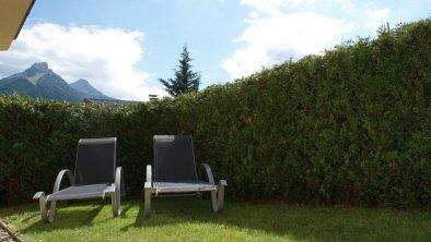 Relax im Garten des Apartments