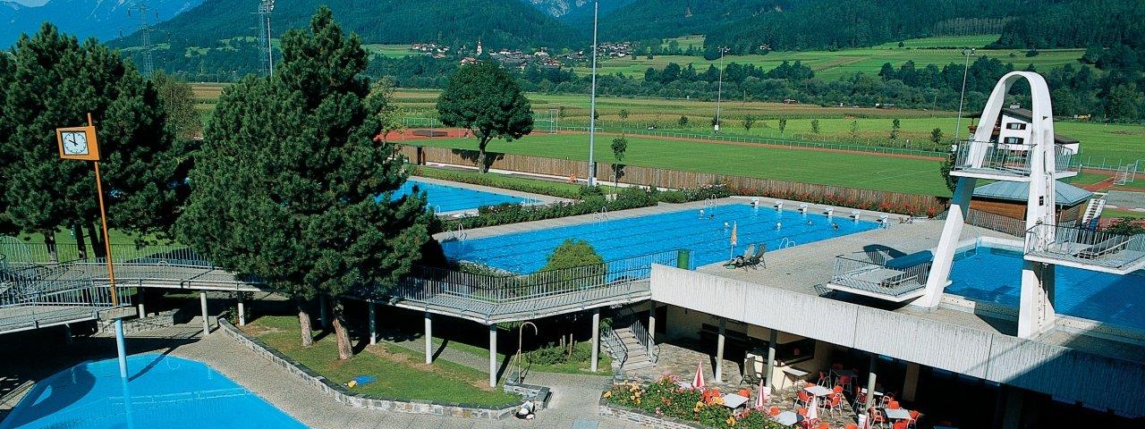 Schwimmbad Wattens, © Ferienregion Hall-Wattens