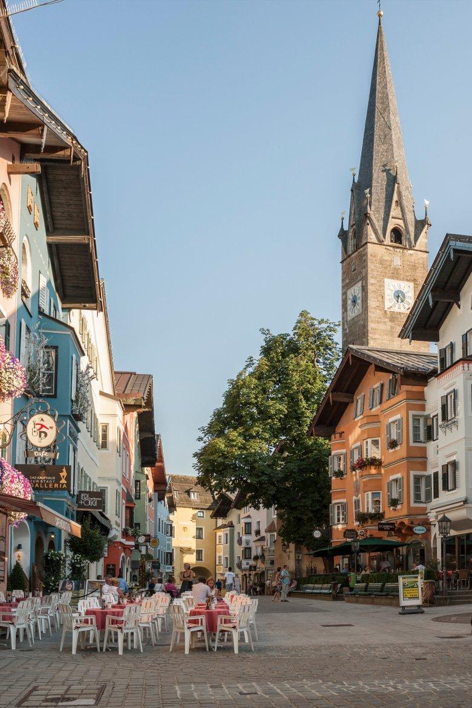 Die Altstadt von Kitzbühel ist ein zentraler Drehort.