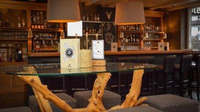 Q! Lobby Bar Bar