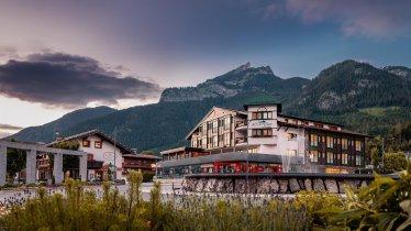 Hotel Klingler - Außenaufnahe im Sommer, © bild[ART]isten