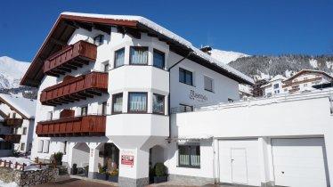 Winter Rosenhof