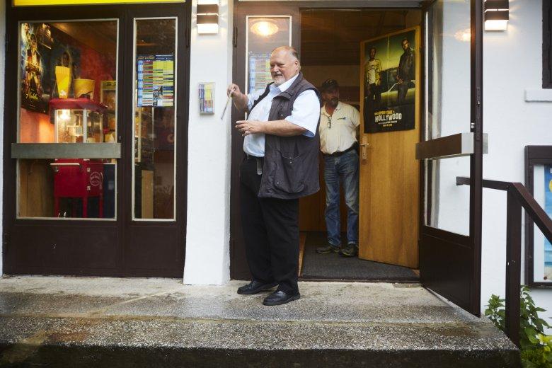 Der Segen der Digitalisierung: In einem Ort wie Fulpmes kann man eine Tür noch offenlassen.