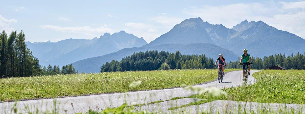 Mountainbiken am Mieminger Plateau, © TVB Innsbruck / Christian Vorhofer