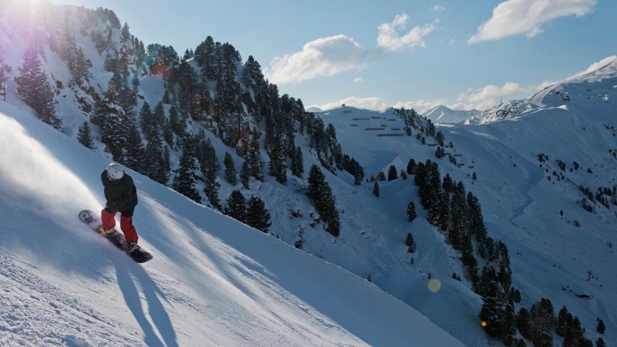 78 Prozent Gefälle am Actionberg Penken sind nichts für schwache Nerven (oder unsichere Skisportler). Wer sich überwindet, wird mit unbändigem Stolz auf seine Leistung und einem Foto seines wilden Ritts belohnt., © Mayrhofen-Hippach/Frank Bauer