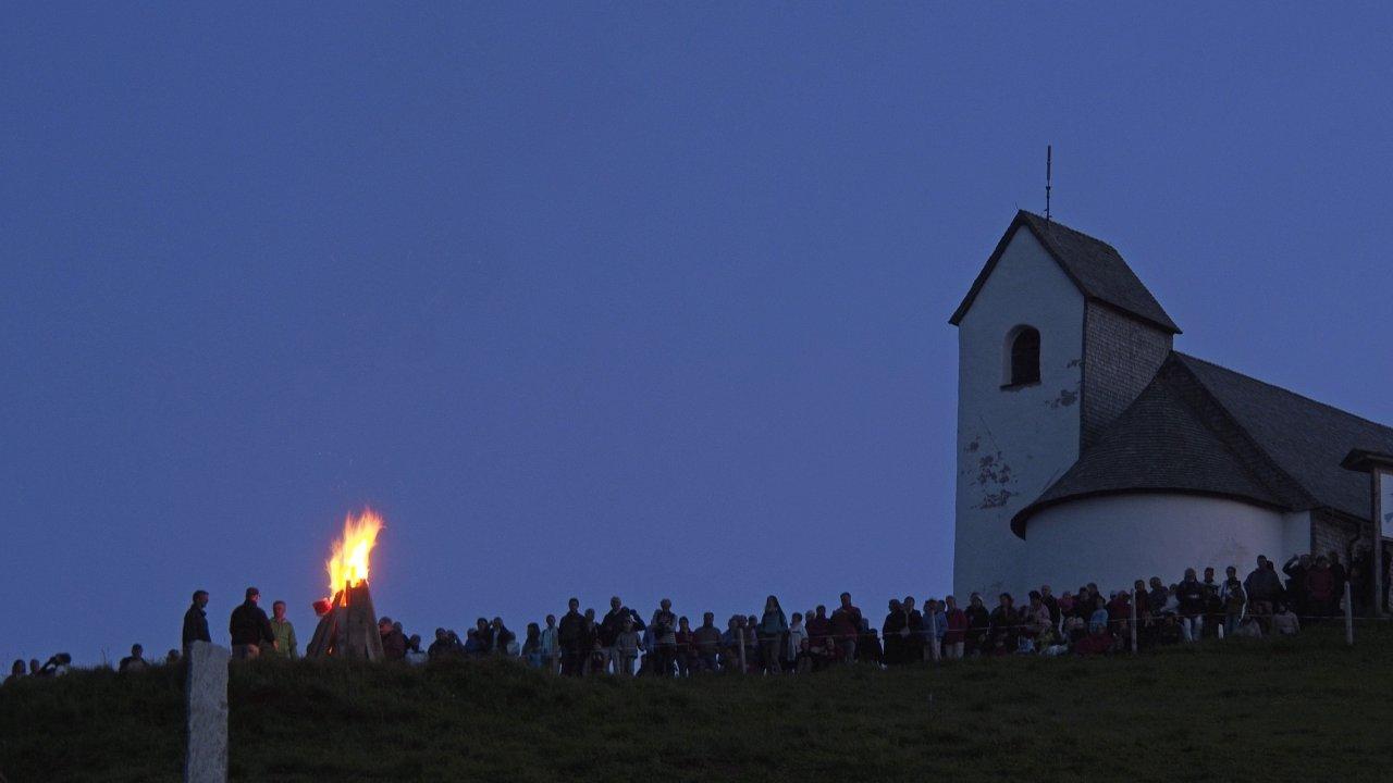 Sonnwendfeuer auf der Hohen Salve, © Kitzbüheler Alpen - Ferienregion Hohe Salve