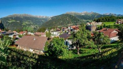 Pano Dorf Ladis