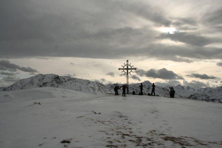 Am flachen Gipfel des Lodron.